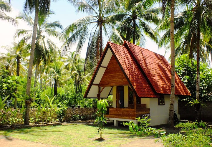 One Room Bungalow, Sadati Home Stay