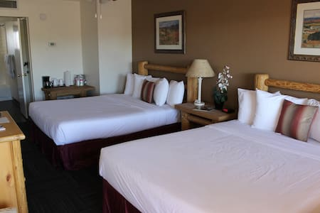 Double Queen Suite - Camp Verde - Butikhotel