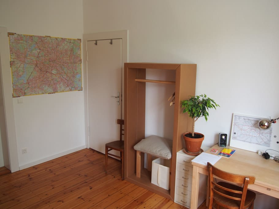 your private room, cabinet, writing desk, Berlin map