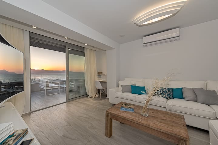 Aenaon seaview villa
