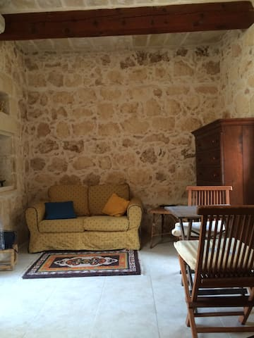 Self catering small farmhouse - Qala