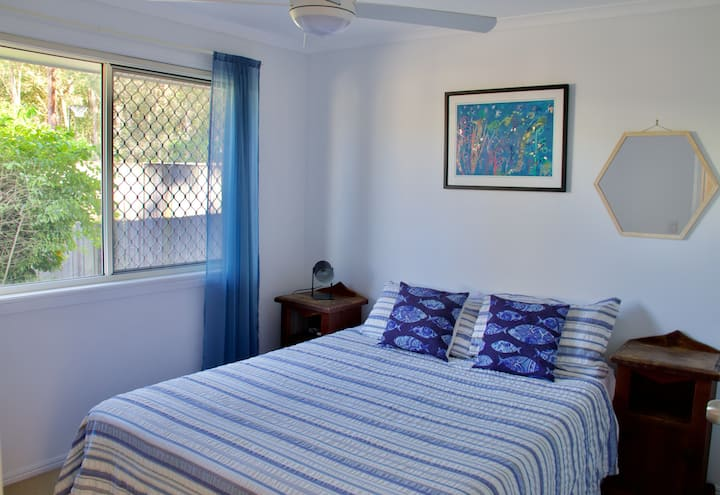 Private Room - Peace & Tranquility, Queen bed