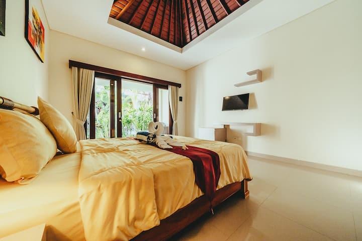 Big, Clean & Quiet Room | Rimba Bird Guesthouse