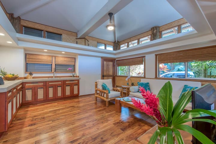 The Kulani Maui: Orchid Bungalow