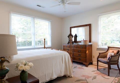Charming Charleston Retreat