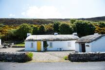 Mamore Cottages (Mickey's)