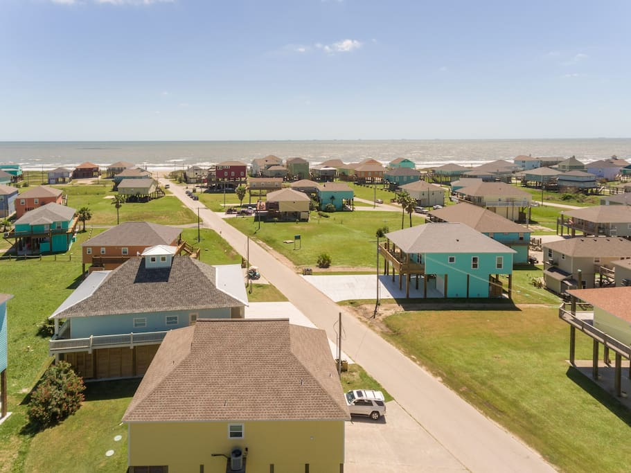 VAMOS la Playa is less than 500 feet from the beach with direct beach access