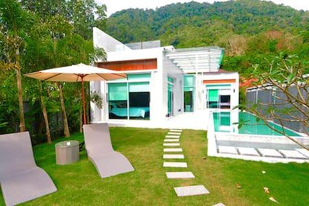 Sky Light Villa @Kamala 296.03sqm. - Kammala