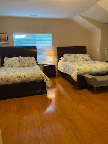 2 Queens bed in 2nd Master Bedroom on 3rd floor.