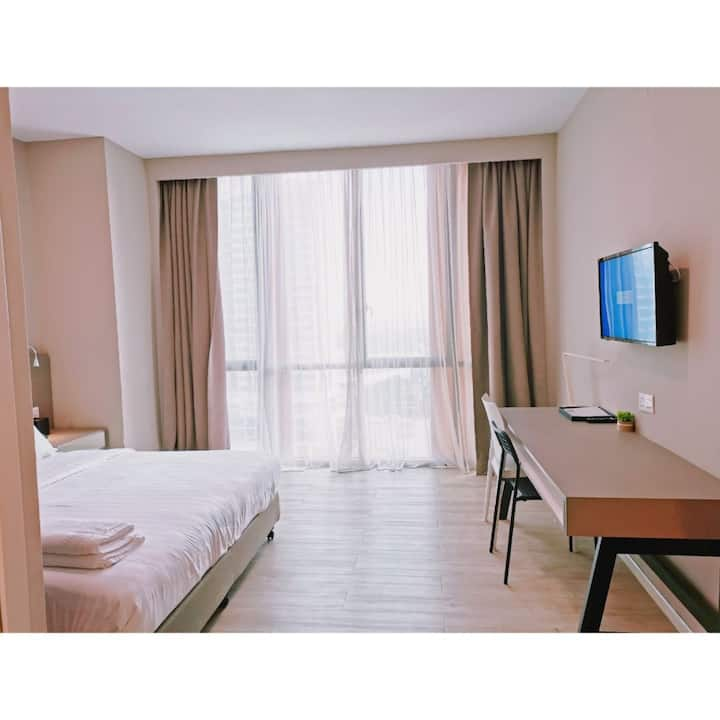 Comfort Stay King Suites Free WiFi near 1 Utama