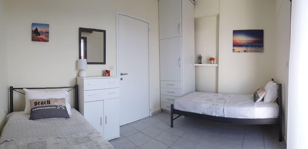 2ο υπνοδωμάτιο - 2nd Bedroom