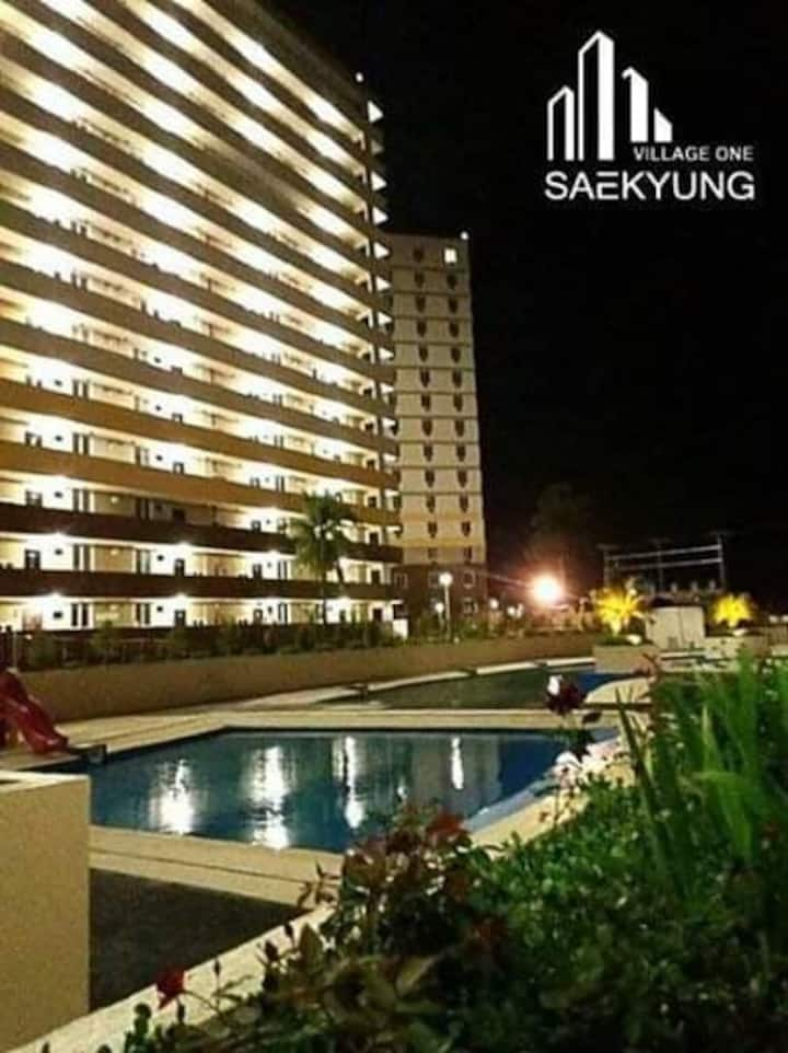 budget condo nearby beach, malls, airport,hospital
