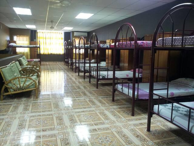 Cozy stay in Gerik town - Gerik - Dormitori compartit