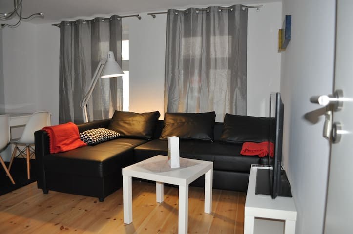 FeWo für 4-6 Personen mit Kaminofen - Ueckermünde - Apartament