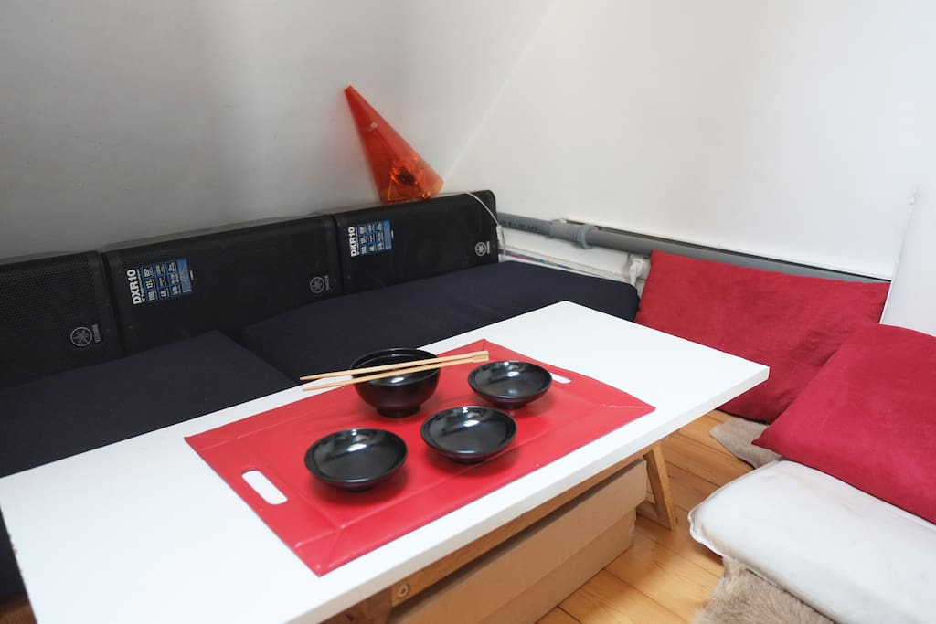 place to eat and drink, tea or sake