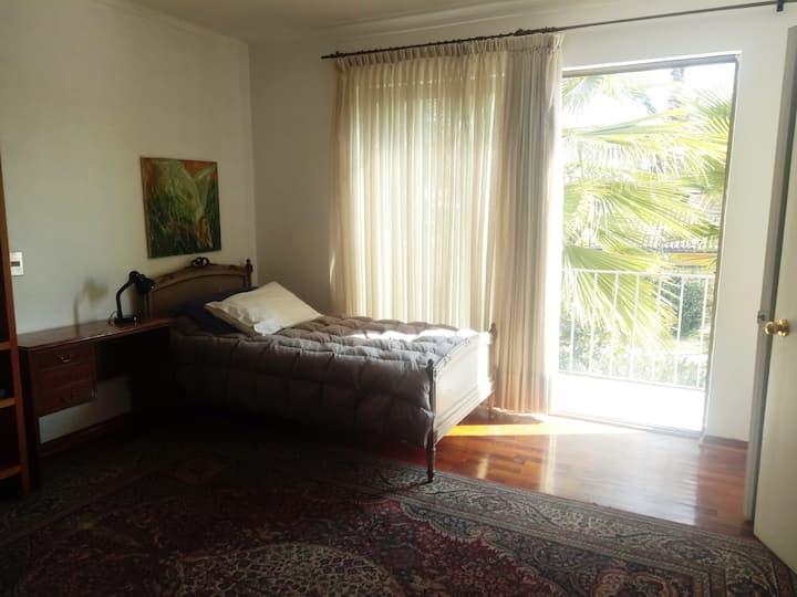Habitación Single con Balcón. Servicios opcionales