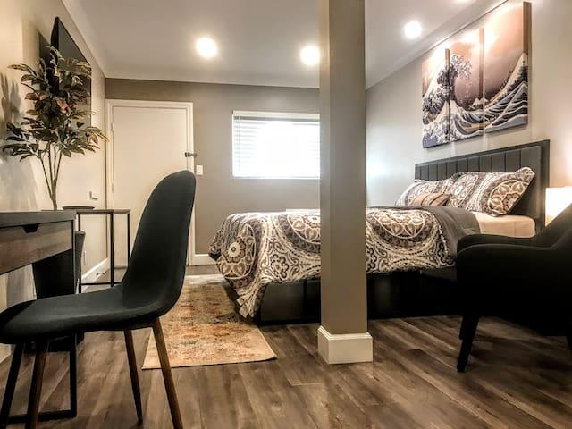A Relaxing Getaway Guestroom