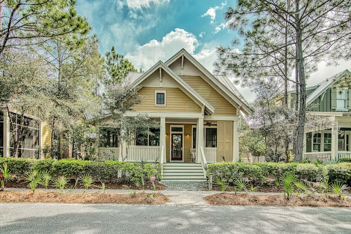 GORGEOUS 4 BED 4.5 BATH HOME  IN WATERCOLOR FRESHLY UPDATED