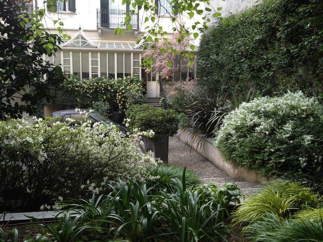 Attico al Conservatorio - Milano - Villa