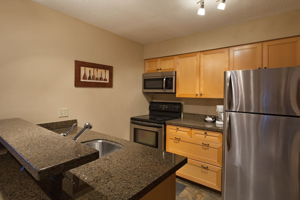 Up to date well equipped kitchen