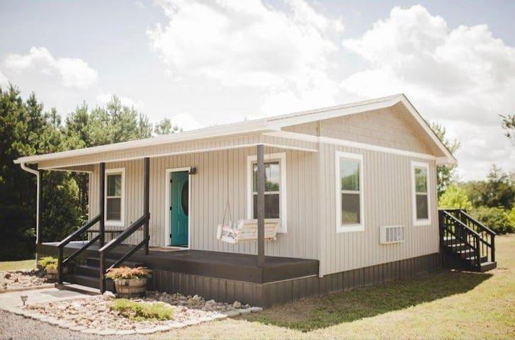 Hidden Hillside Cabin
