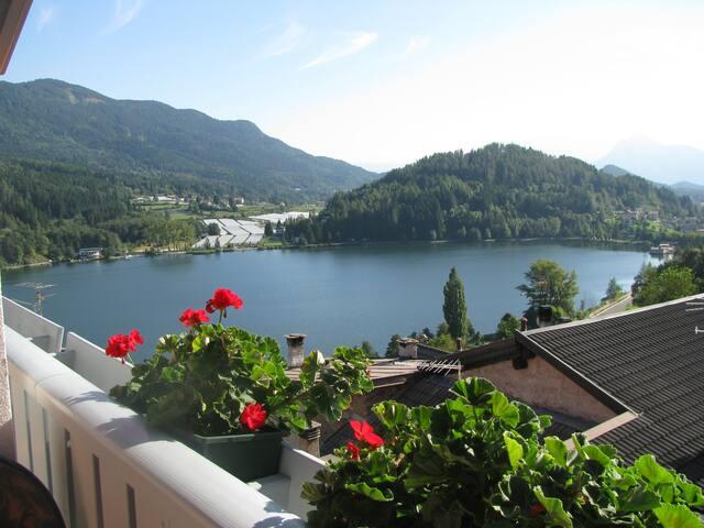 "Lago/montagna  - app. ""azzurro"" Baselga di Pinè"