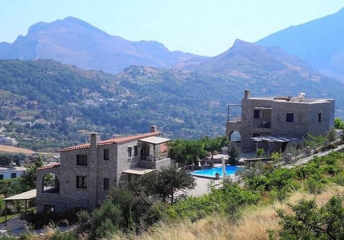 Rodamos 5 Bedroom Villa - Lampini - Villa