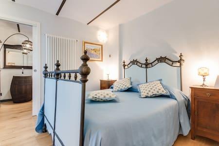 Mulino di Bairo - Stanza Mugnaio 6 - Bairo Canavese - Bed & Breakfast