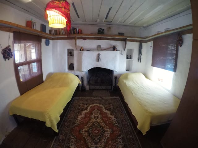 Yellow room. Cozy greek house. Central + sea view. - Kaş - House
