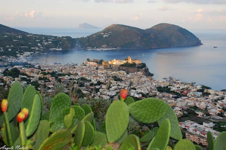 Lipari by the Beach 1 (ROSALIA)