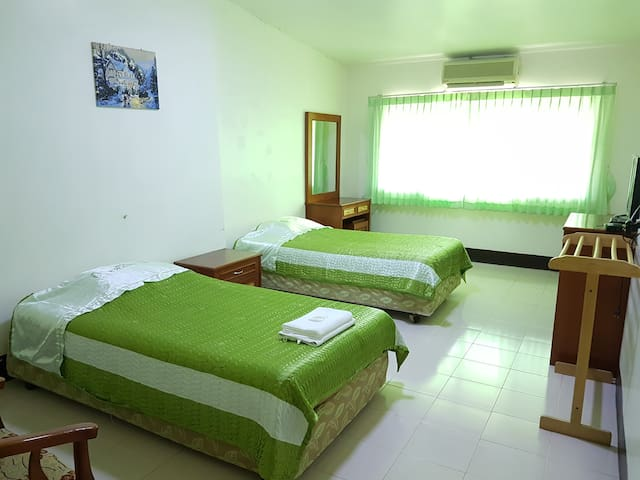 Private room near Maesai-Tachilek Border crossing - Mae Sai - Casa