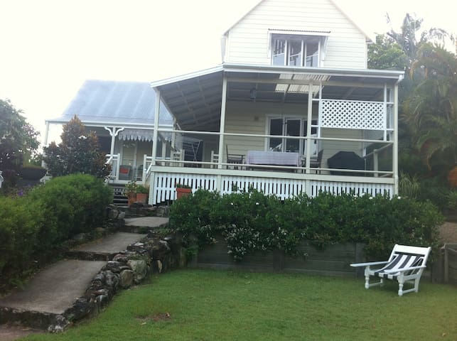 Charming Market Village Stay - Eumundi - Dom