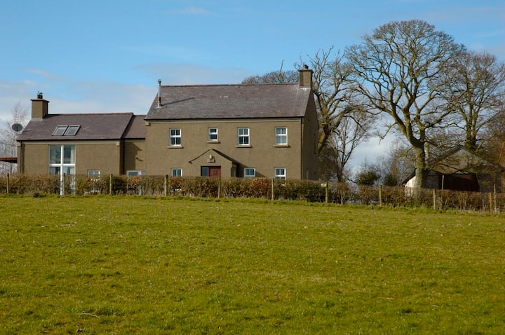 Tullyquilly House- Rural Calm