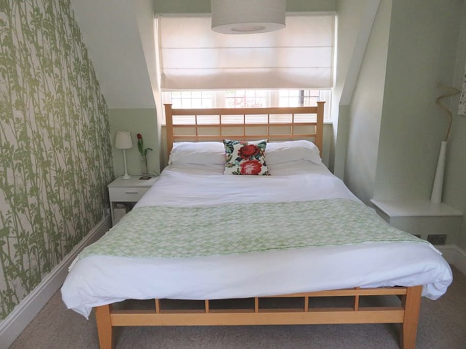 A very comfortable king size bed