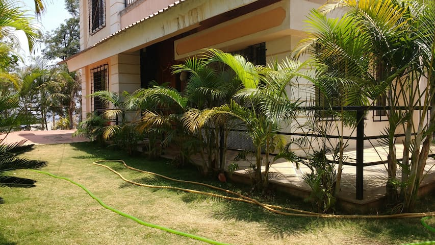 POORNIMA HOUSE - Mahabaleshwar - Bungalow