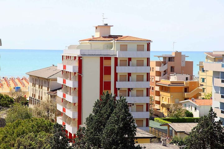 apartment for 3 persons in Bibione R67219