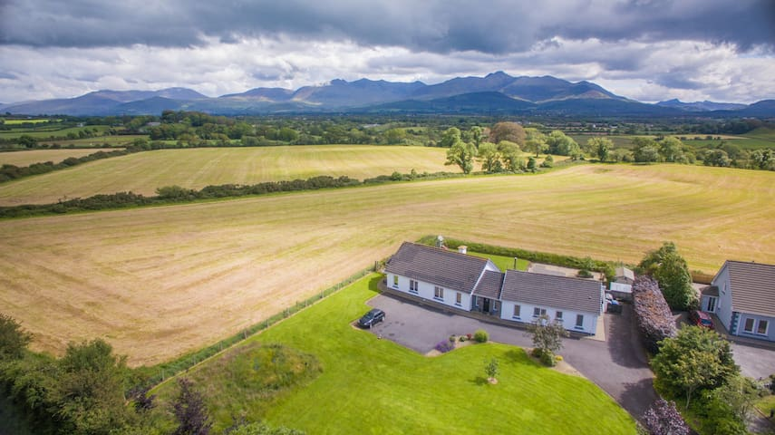 Stylish Ring of Kerry Retreat~ Reeks District