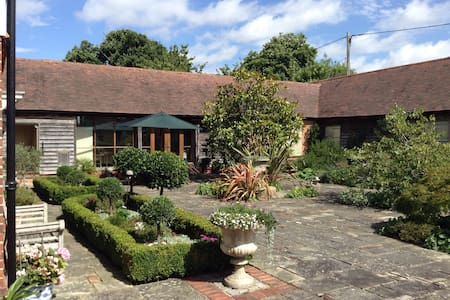 Charming home in Kent - Ulcombe