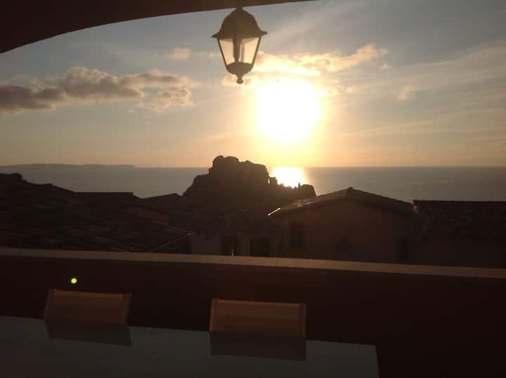 Romantico loft con vista mozzafiato Q0724