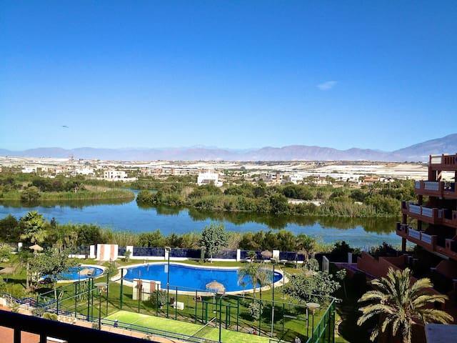 Vacaciones empiezan en Almerimar - El Ejido