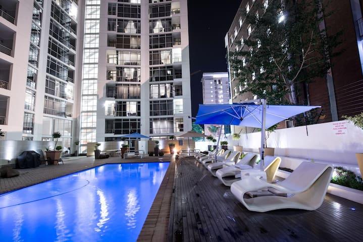 Sandton Executive Suites-Hydro Park,Standard 1 Bed - Sandton - Apartment