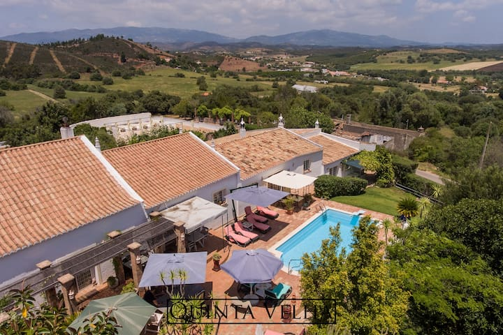 Gorgeous Holiday Home in Portimão with Swimming Pool