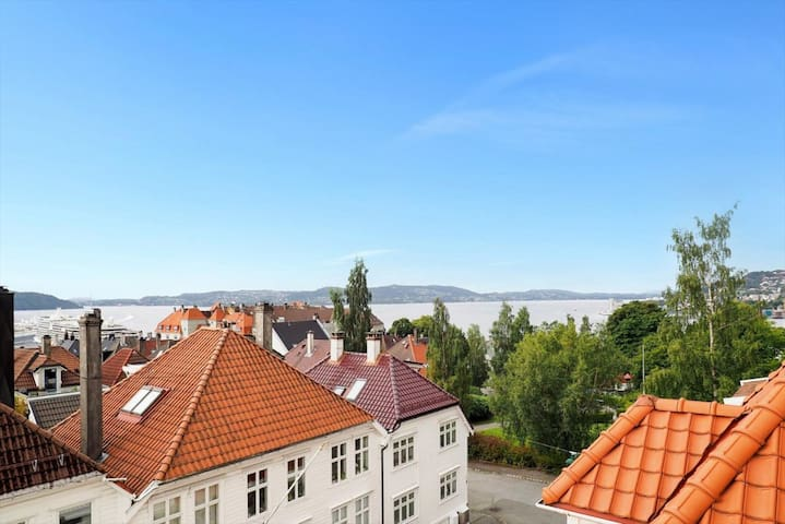 Charming apartment with panoramic views in Bergen