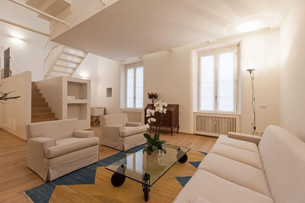 Magnifica casa in porta romana appartamenti in affitto a for Milano appartamenti