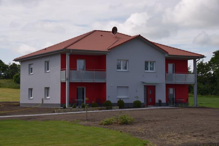 Gemütliches Appartement im Grünen - Oberdachstetten