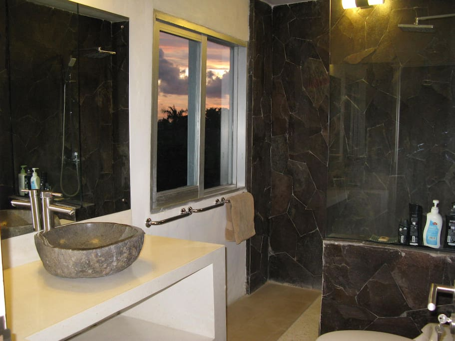 SUNSET-MASTER BATHROOM