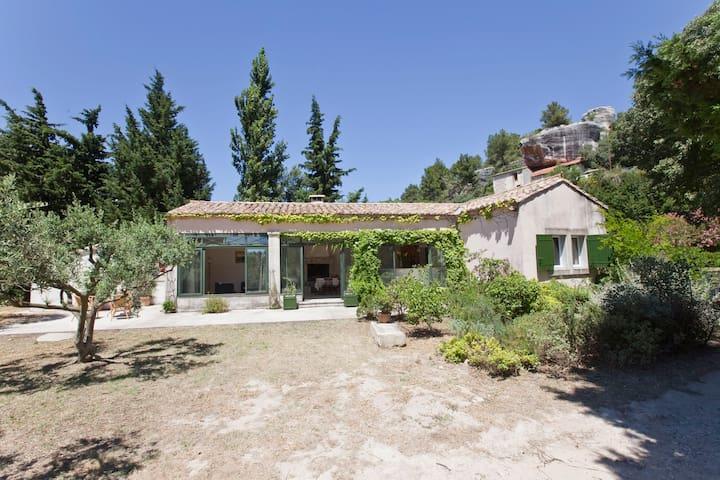 A greenhouse at Baux de Provence - Les Baux-de-Provence