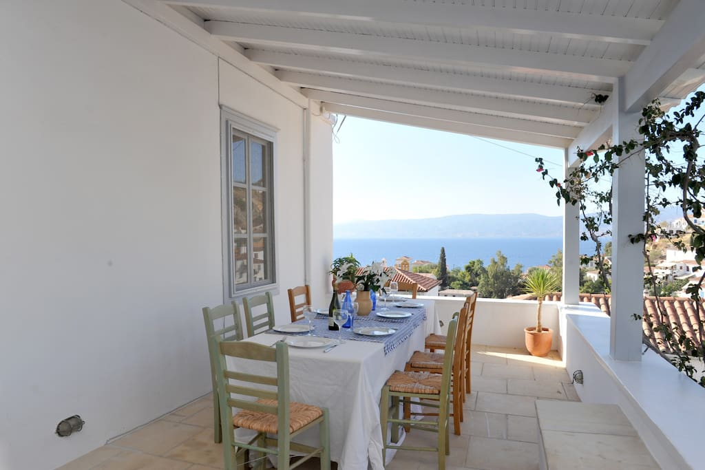 The 1st floor dining terrace with smashing sea views.