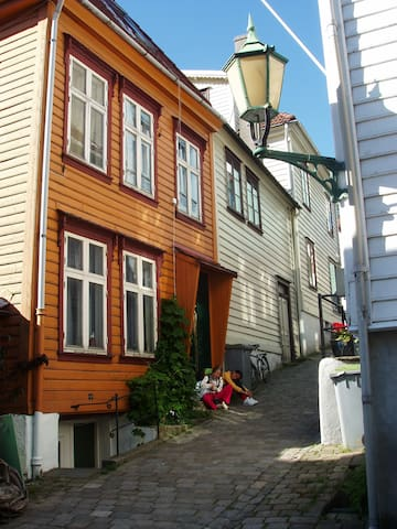 Self catering 1-room apartment  - Bergen - House