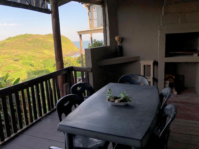 2 Bedroom self-catering SeaviewCottage@ CORAM DEO